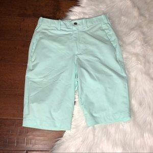 Lululemon shorts mint green